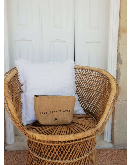 GUINCHO - The Little Jute Case